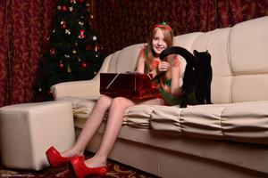 Silver-Starlets Rikki-Christmas-1+Rikki-Cosplay-1